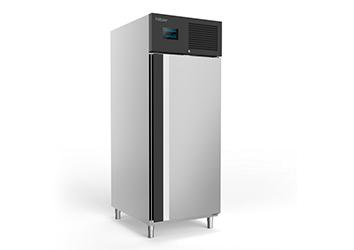 Congelador vewrtical de 1 puerta, modelo AGX821