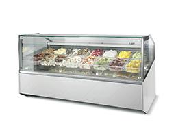 Vitrina amplia con helados