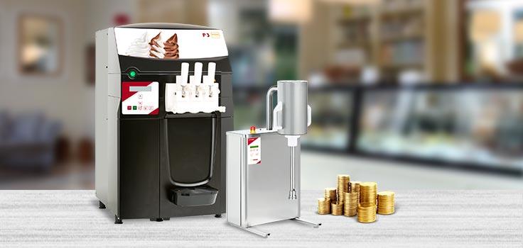 Máquinas para hacer helado, batidora y pilas de monedas